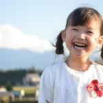 女の子の可愛い笑顔
