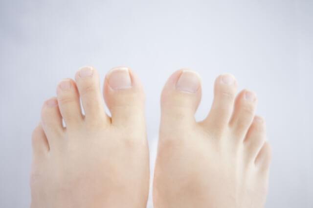足の指とむくみ